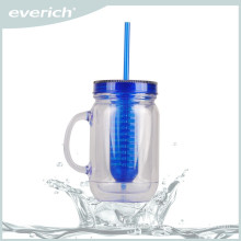 Wholesale reusable plastic fruit juice bottle with infuser